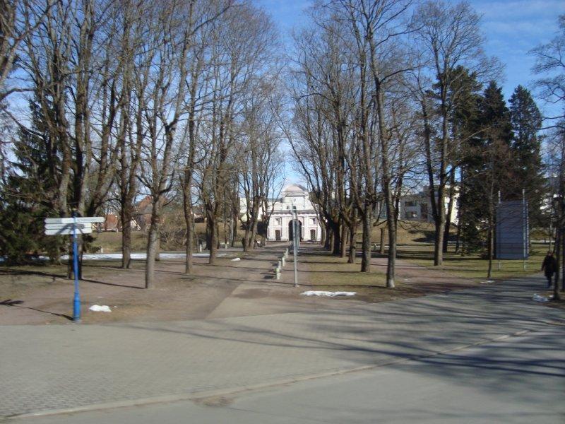 9 Portti puistosta kaupungille (Arja)