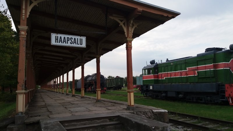 Rautatieasema (km)