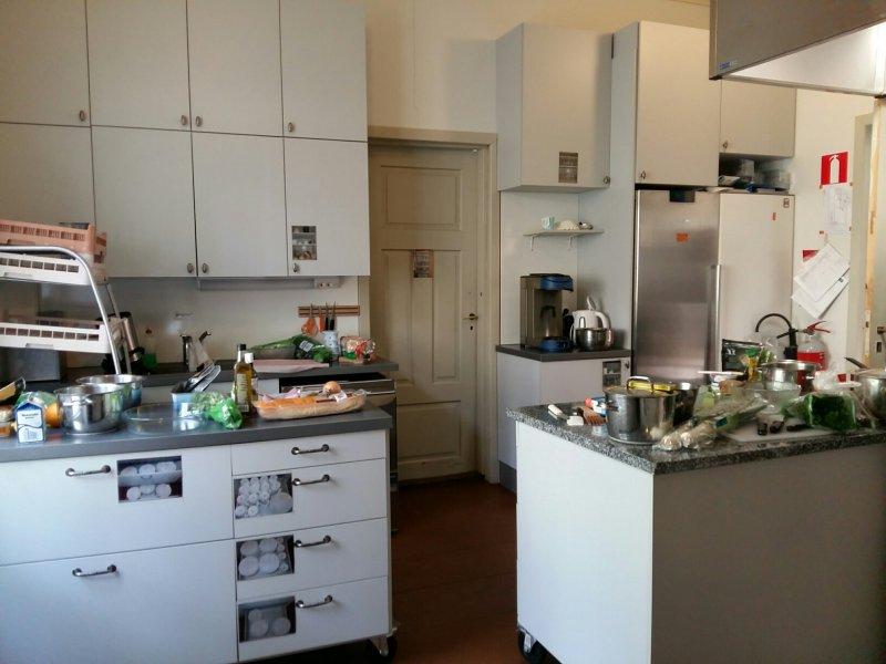Keittiö-valmiina-aherrukseen