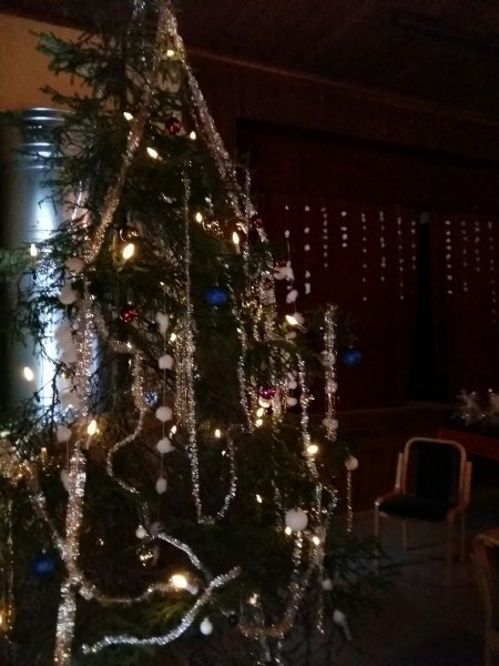 Joulukuusen kimallusta