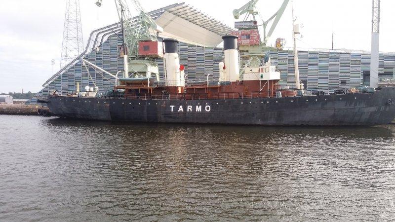 1907 rakennettu jäänmurtaja TARMO
