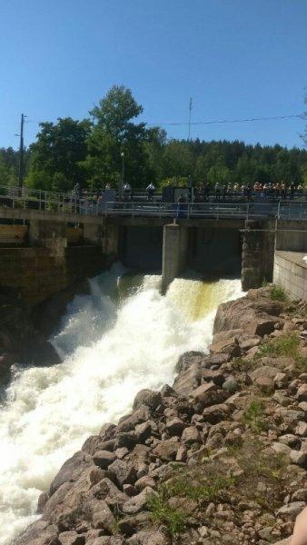Vedet valtoimena